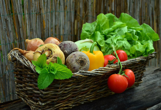 vegetables-basket-w633